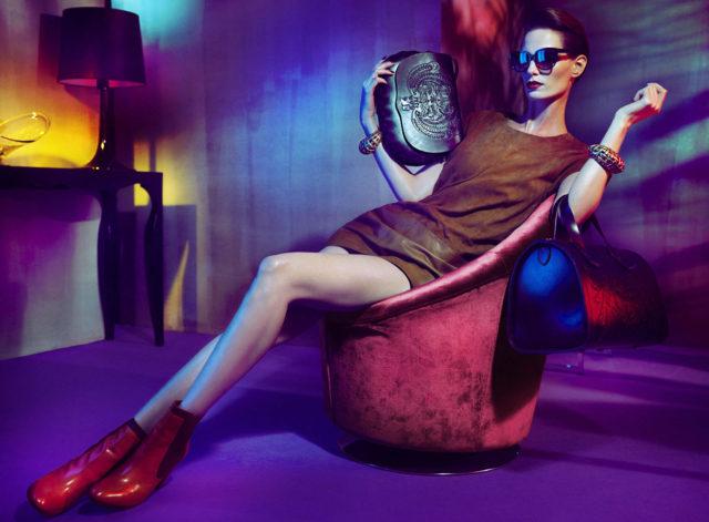 iris-strubegger-by-hunter-and-gatti-for-uterque-fall-2011-designscenenet-11