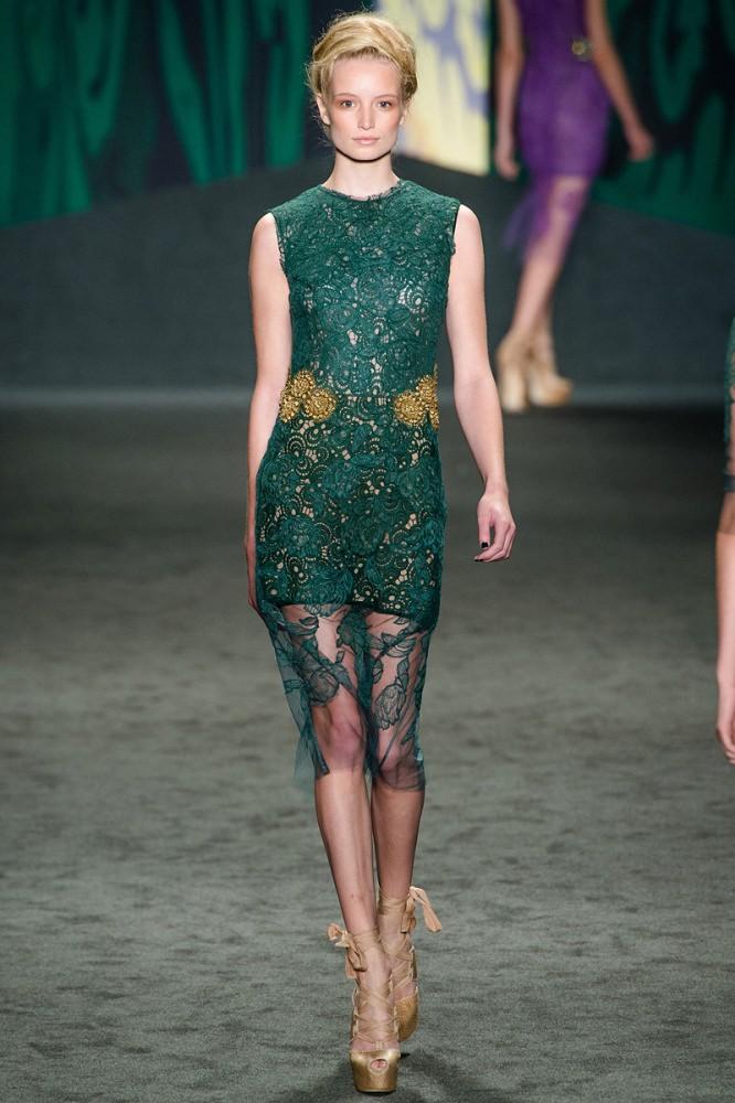 Vera Wang Fashion Elite