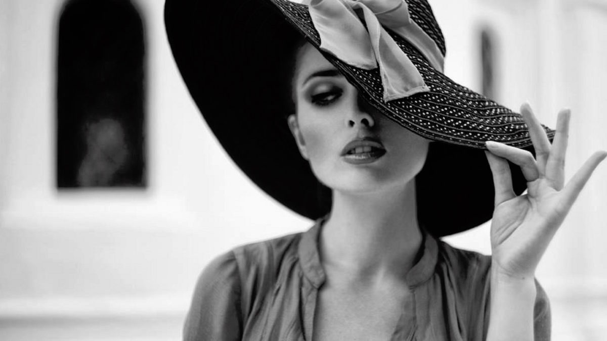 black-and-white-elegance-fashion-hd-slideshow-2
